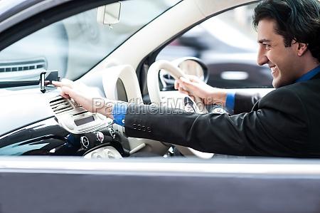 man accessing road map via gps