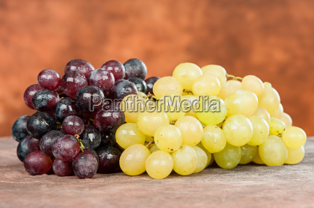 red and white grape