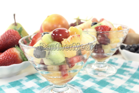 fruit, salad, in, a, bowl, on - 11300363