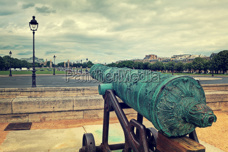 medieval cannon at les invalides with