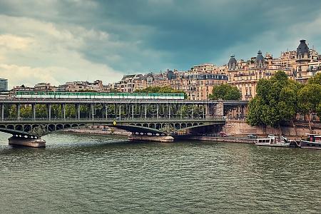 train passing on famous pont de