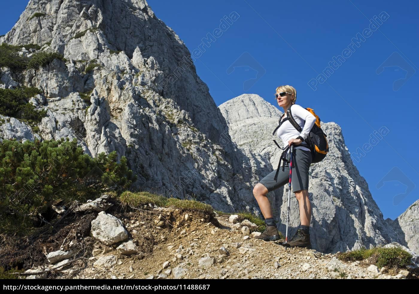 hiking - 11488687