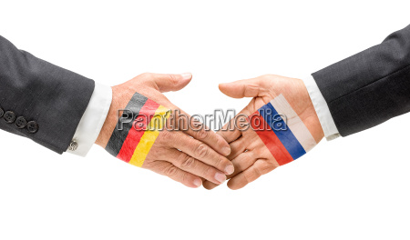 germany and russia shake hands