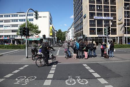 cross walk with bike lanes in
