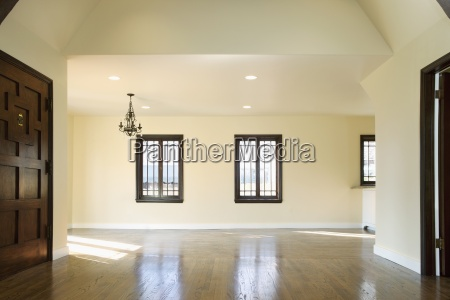 hardwood floor in empty home pasadena