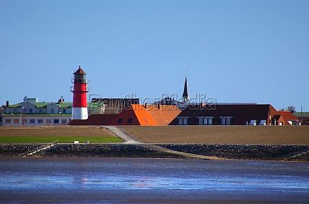 buesum lighthouse in port