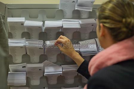 picking the ballot sheet
