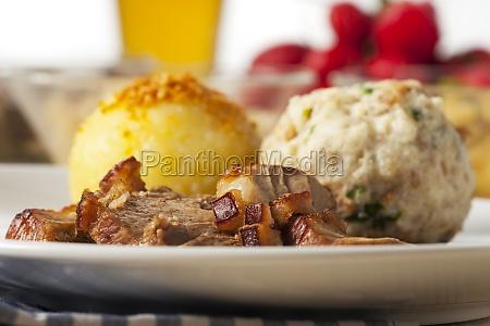 bavarian pork roast with dumplings