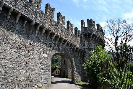 entrance to the castelgrande