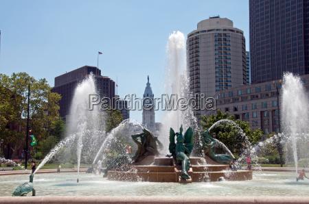 philadelphia, summer, 2 - 11749679