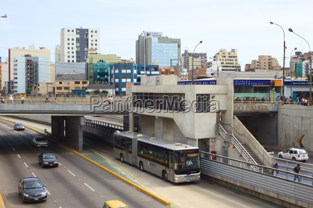 metropolitano bus stop ricardo palma in