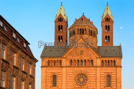 speyer cathedral with blue skies germany