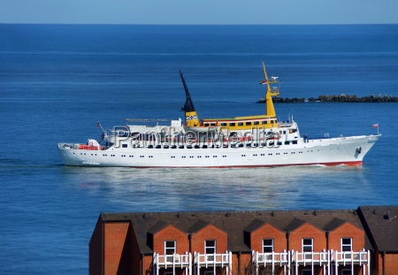 ship runs in helgoland