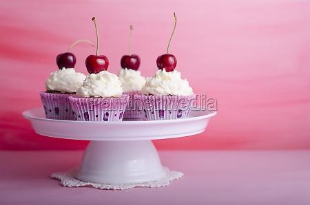 cupcake muffin birthday cake