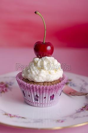 cupkake muffin cherry