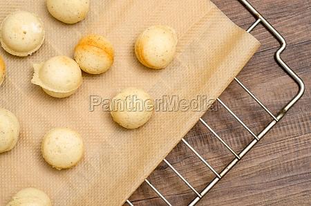 baked dough for cake pops