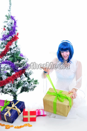 unwrap gifts