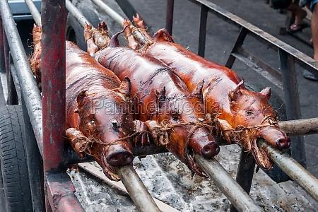 suckling pig philippine specialty