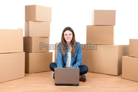 girl, with, boxes - 11961128