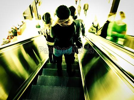 retro look escalator