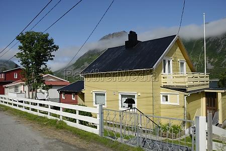 houses in gryllefjord on senja