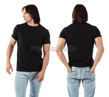 man wearing blank black shirt