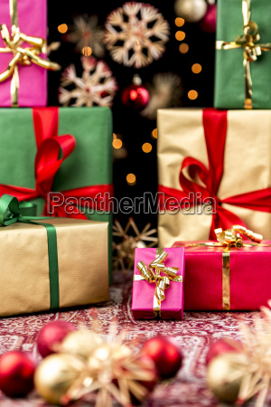 xmas gifts handed out