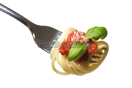 spaghetti on fork with sauce and