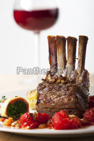 grilled lamb with wine