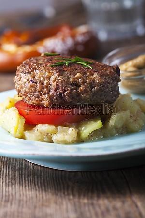 pieczywo chleb bawarski mieso mielone miesa