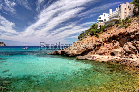 holiday accommodation on the mediterranean
