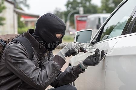 auto, start - 12119376
