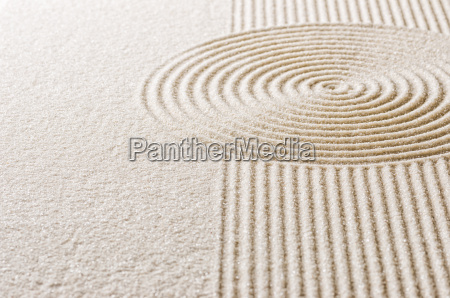 sand with lines and circles