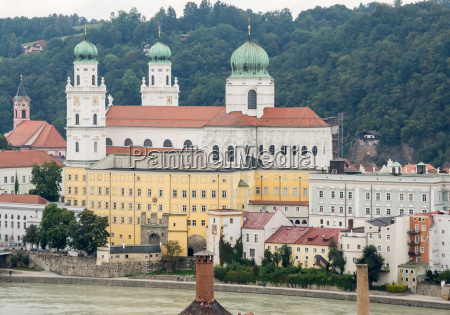 st stephens cathedral in passau