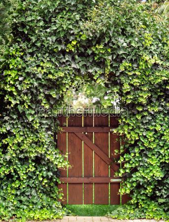 gates with efeubogen
