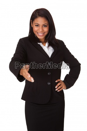 geschaeftsfrau teilt ihr handschlag