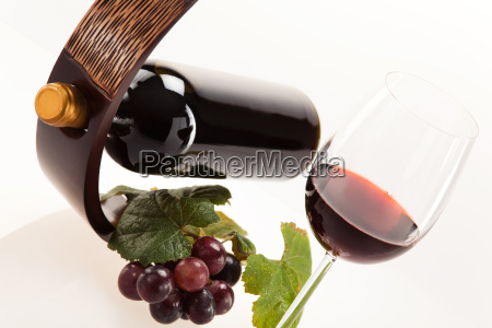 red wine in glass with fruit