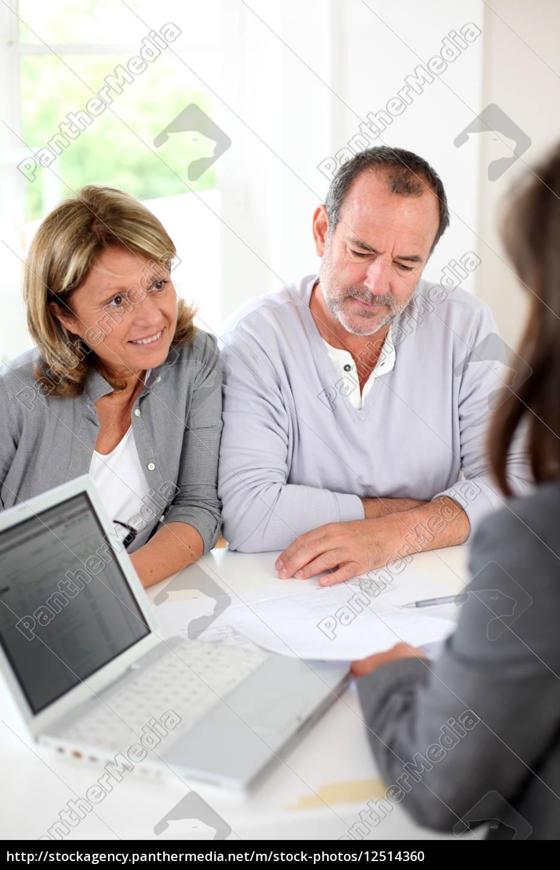 senior, couple, ready, to, buy, new - 12514360