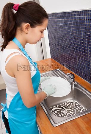 woman washing dish