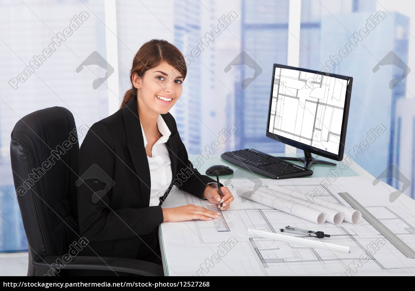 female, architect, working, on, blueprint, at - 12527268