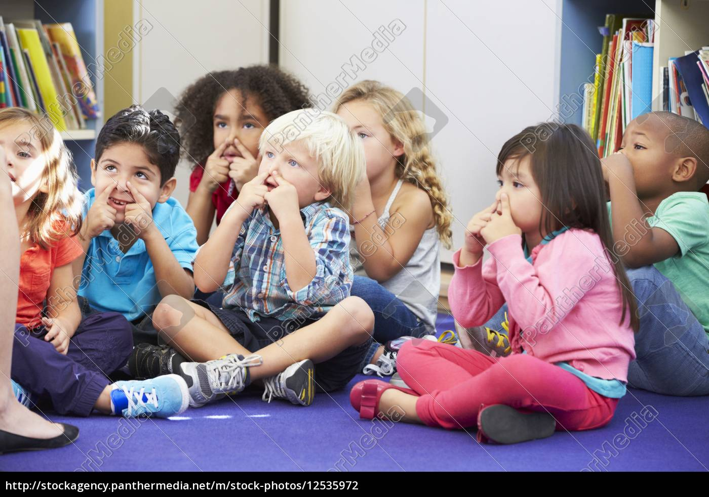 group, of, elementary, pupils, in, classroom - 12535972