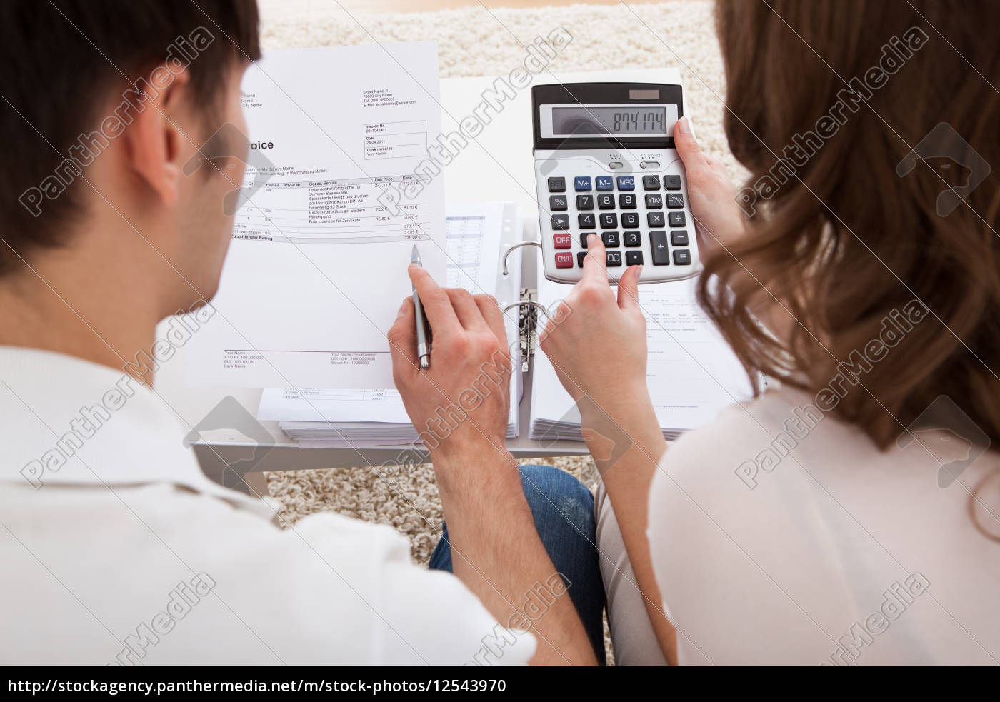 young, couple, calculating, budget - 12543970
