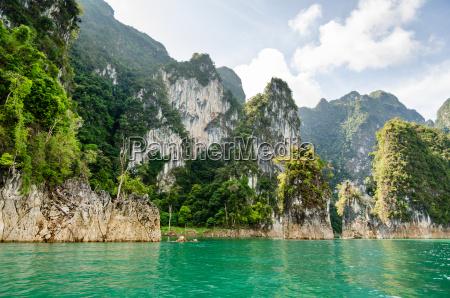travel island and green lake
