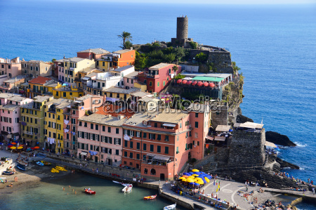traditional mediterranean architecture of vernazza italy