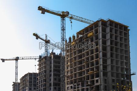 building, cranes, on, construction - 12645594