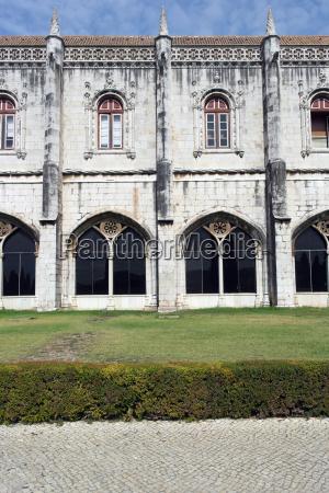 jeronimos monastery lisbon portugal