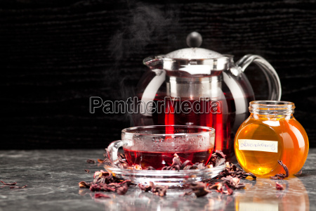 mallow in glass with honey