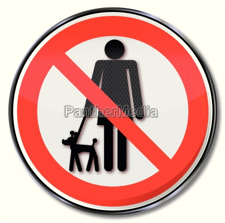 prohibition sign for dogs on leash