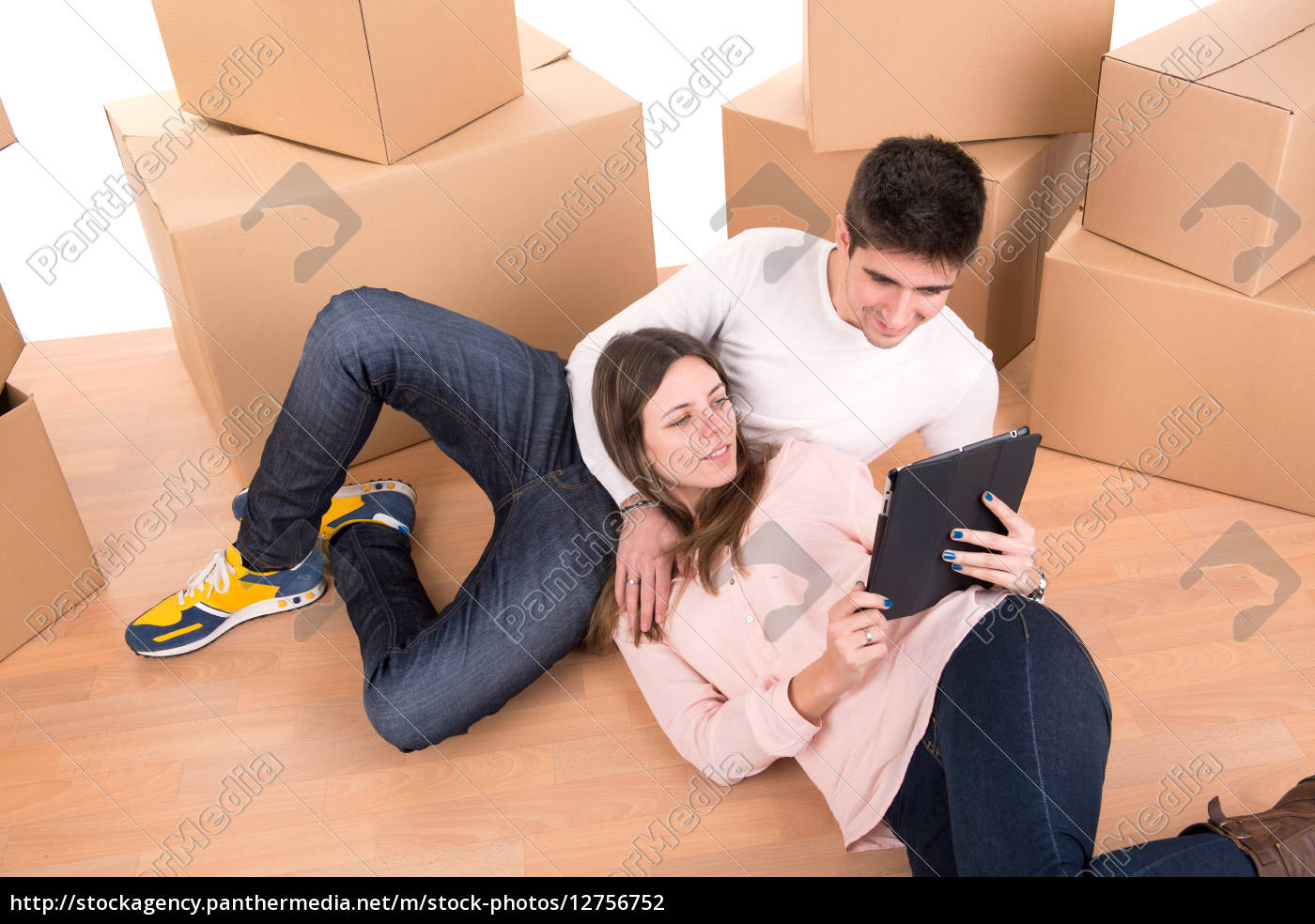 happy, couple, with, boxes - 12756752