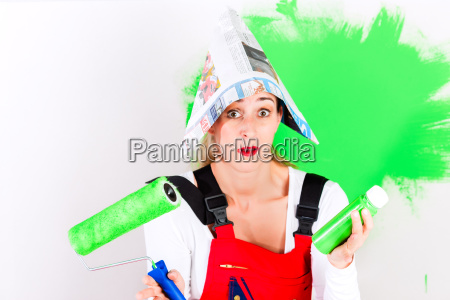 woman at diy and painting